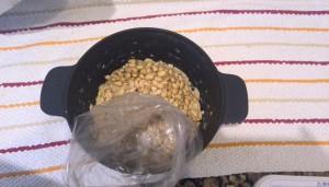 大豆つぶし