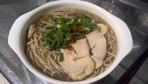 暖かい蕎麦・ウェイパー+醤油スープ