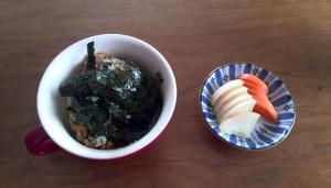 納豆ご飯と漬物
