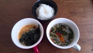 余り物のスープ、納豆、ごはん
