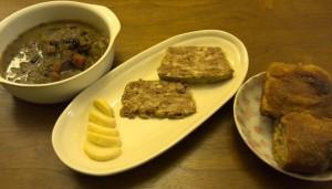 スープ、鶏テリーヌ、ぬか漬け大根、パン