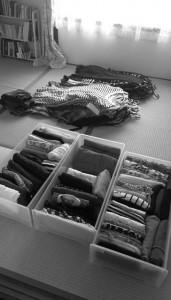 ひとまず洋服を全部出す