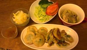 白菜漬け、サラダ、ポトフ、餃子